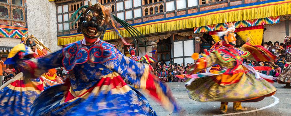 Buddhist Cham dancers