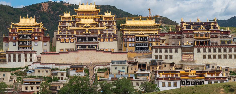 Ganden Sumtsenling Monastery in Zhongdian/Shangri-La (3,380m), Yunnan Province, China
