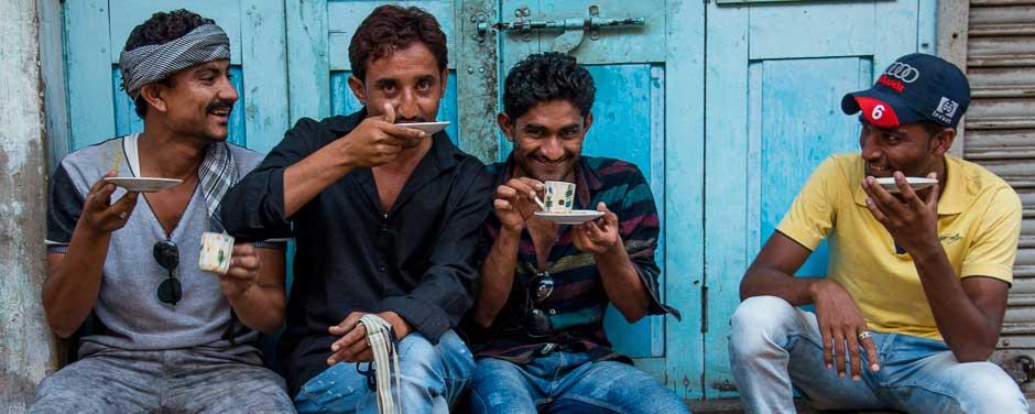 Ahmedabad tea drinkers